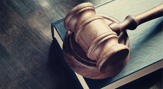 ブックメーカーは違法なのか法律の面からみてみよう